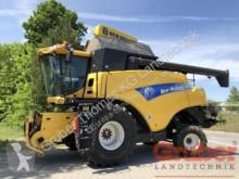 New Holland CR 9070