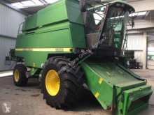 John Deere 2266 Moissonneuse-batteuse occasion