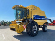 New Holland CSX 7080 Moissonneuse-batteuse occasion