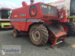 Moissonneuse-batteuse Massey Ferguson 530