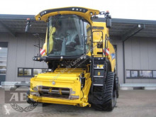 moisson New Holland CR10.90 RAUPE TIER-4
