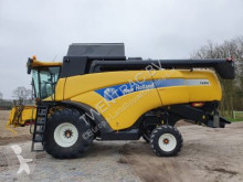 New Holland CX 860 Moissonneuse-batteuse occasion