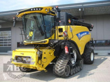 Moissonneuse-batteuse New Holland CR10.90 RAUPE