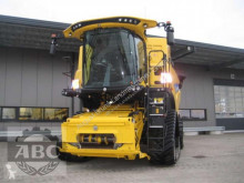 New Holland Arató-cséplő kombájn CR8.80 RAUPE TIER-4B