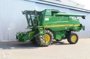 حصاد آلة حصاد ودرس John Deere
