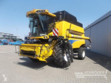 حصاد New Holland آلة حصاد ودرس مستعمل