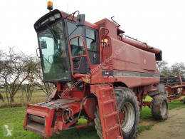 Moisson Case INTERNATIONAL 1680E Axial Flow Cosechadora-trilladora usado