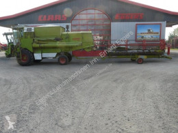 Moissonneuse-batteuse Claas DOMINATOR 105