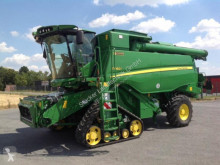 John Deere T660 Raupe Moissonneuse-batteuse occasion