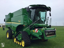 John Deere S685 Moissonneuse-batteuse occasion