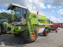Moissonneuse-batteuse Claas DOMINATOR 98 CLASSIC