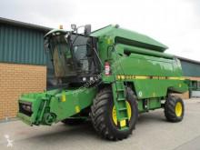 John Deere Combine harvester 2064