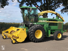 John Deere Self-propelled silage harvester 6650