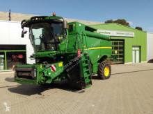John Deere Combine harvester S680i