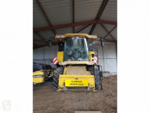 New Holland Cosechadora usado