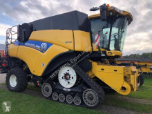 Mietitrebbiatrice New Holland CR 9090 Kette