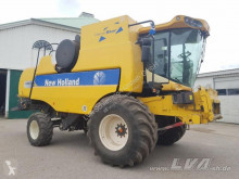 New Holland CSX 7080 im Kundenauftrag Combină agricolă second-hand