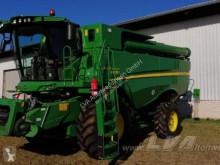 حصاد John Deere S685 آلة حصاد ودرس مستعمل