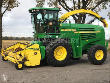John Deere Self-propelled silage harvester 7400