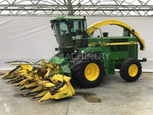 John Deere Self-propelled silage harvester 6850