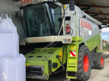 Claas Lexion 440 Moissonneuse-batteuse occasion