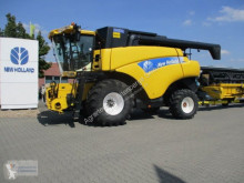 Moissonneuse-batteuse New Holland CR960