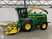 John Deere Self-propelled silage harvester 7350