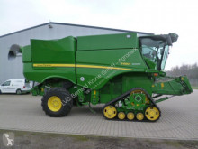 Moissonneuse-batteuse John Deere S 685i