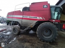Moissonneuse-batteuse Massey Ferguson 7270