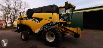 New Holland CX840 Moissonneuse-batteuse occasion