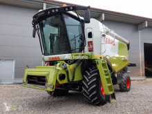 حصاد Claas LEXION 620 آلة حصاد ودرس مستعمل