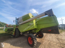 Moissonneuse-batteuse à 4 secoueurs Claas AVERO 160