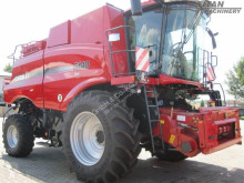 Moissonneuse-batteuse Case IH