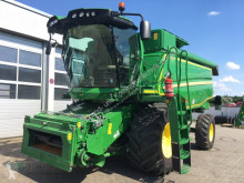 Moissonneuse-batteuse John Deere W 540 HM