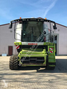 Claas Lexion 780TT used Combine harvester