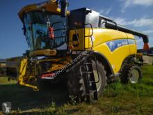 New Holland CX 8090 Moissonneuse-batteuse à 3 secoueurs occasion