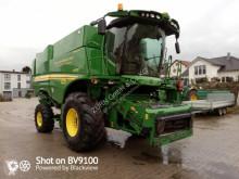حصاد آلة حصاد ودرس مع دوّار John Deere S670i HM ProDrive