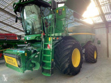 John Deere S770 Moissonneuse-batteuse occasion