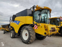 حصاد آلة حصاد ودرس New Holland CR9070 ELEVATION