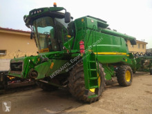 حصاد آلة حصاد ودرس مع 3 هزّازات John Deere T 660