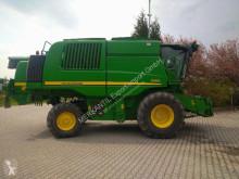 حصاد John Deere T 660 آلة حصاد ودرس مع 3 هزّازات مستعمل