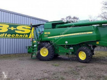 حصاد John Deere آلة حصاد ودرس مستعمل