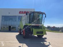 حصاد Claas آلة حصاد ودرس مستعمل