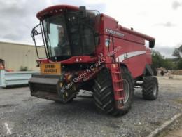 حصاد آلة حصاد ودرس Laverda
