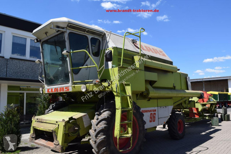 View images Claas Dominator 96 *3-D* harvest
