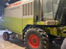 حصاد آلة حصاد ودرس Claas Medion 330