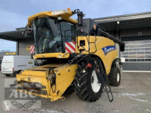 حصاد New Holland CR 9090 SCR TECHNOLOGIE آلة حصاد ودرس مستعمل