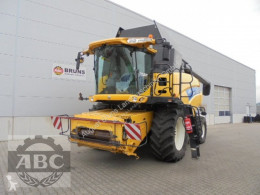 New Holland CR 9090 ELEVATION Ensileuse automotrice occasion