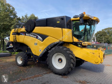 New Holland CX 840 used Combine harvester