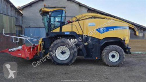 Ensileuse automotrice New Holland FR9040 4X4